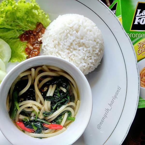 Resep Masakan Spagheti Tumis Kangkung