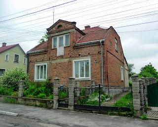 Ходорів. Вул. Хмельницького. Стара дорога. Житлові будинки