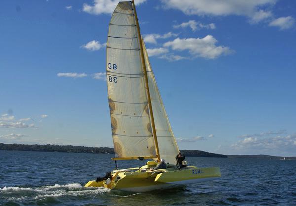 Simple Sailing Low Cost Cruising: Trimaran