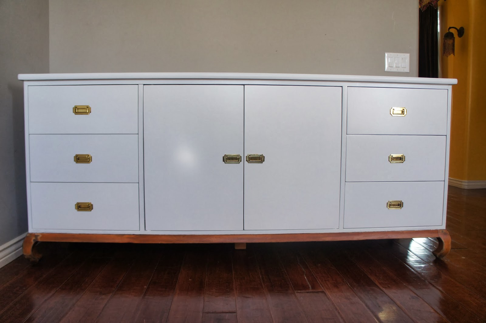 European Paint Finishes White Lacquer Console-3349