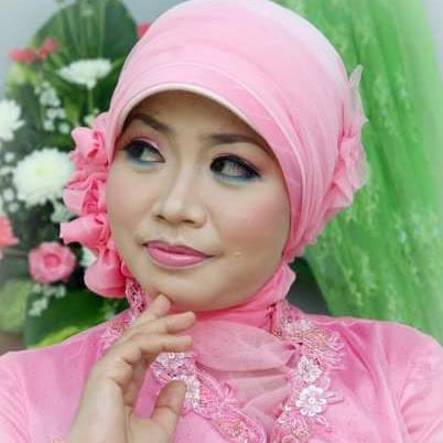 Esti Sulistyawan, lifestyle blogger potensialnya Kota Semarang