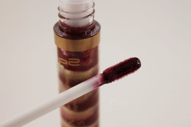 Applikator des Swirling Reflections Lipgloss '030 opulent copper' aus der Sunshine Goddess LE von p2