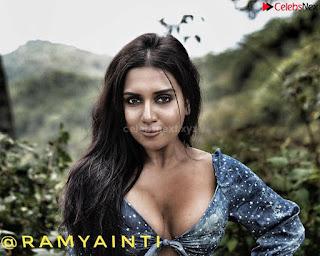 Ramya Inti   Beautiful Instagram Model Spicy Pics 093.jpg
