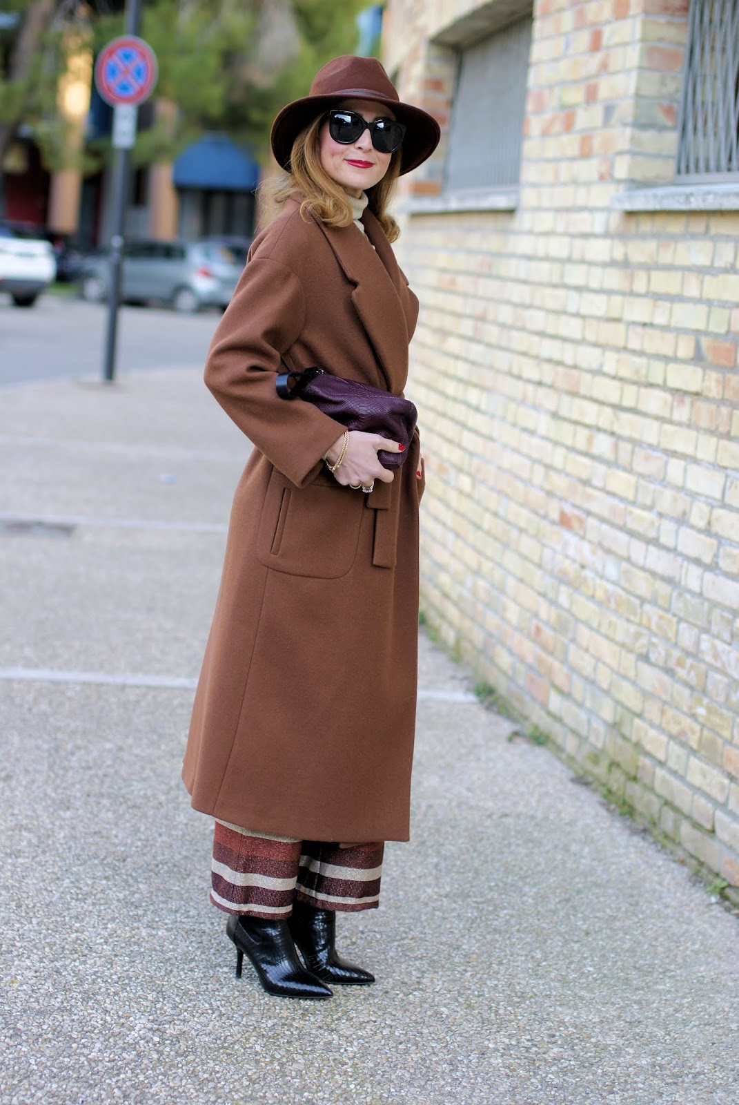Maxi brown belted coat: a transitional outfit on Fashion and Cookies fashion blog, fashion blogger style