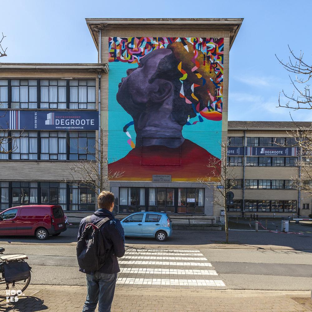 Mural by Argentine artist Nicolas Romero Escalada aka Eversiempre in Ostend, Belgium