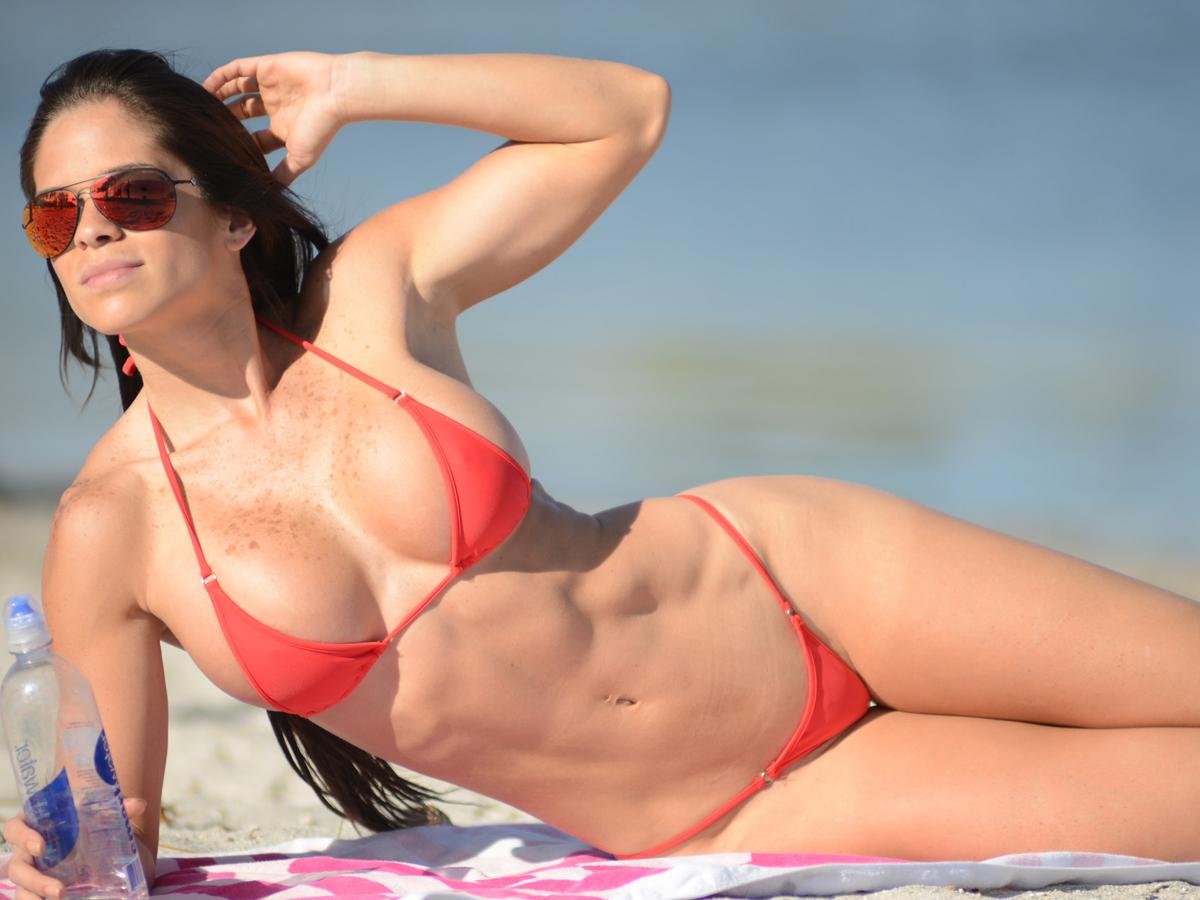 Sexi Bikini Pics