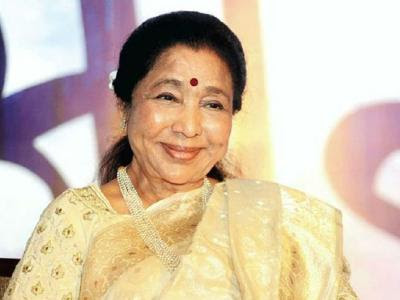 Asha Bhosle Honoured With 5th Yash Chopra Memorial Award