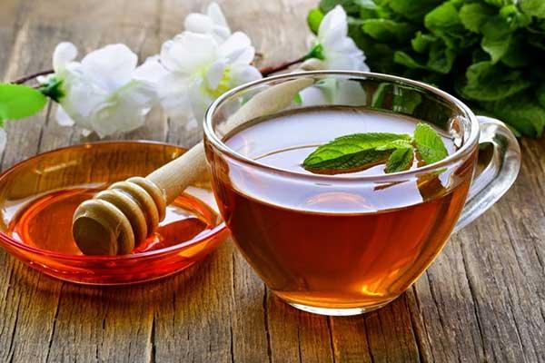 Công thức detox từ trà xanh