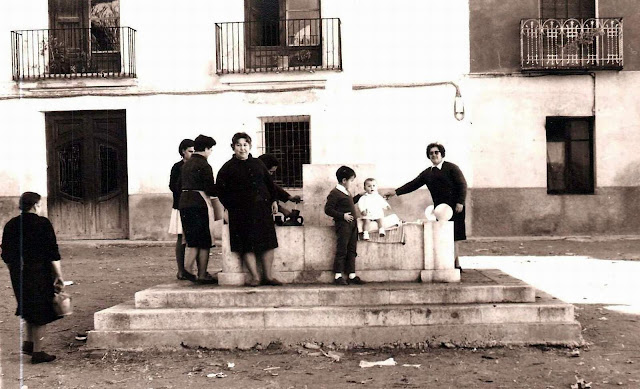 torrebaja-valencia-fuente-plaza-historica