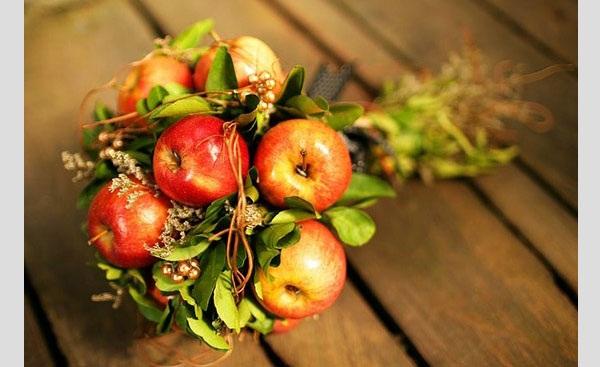 buques-criativos-e-divertidos-para-casamentos-originais-buque-de-frutas