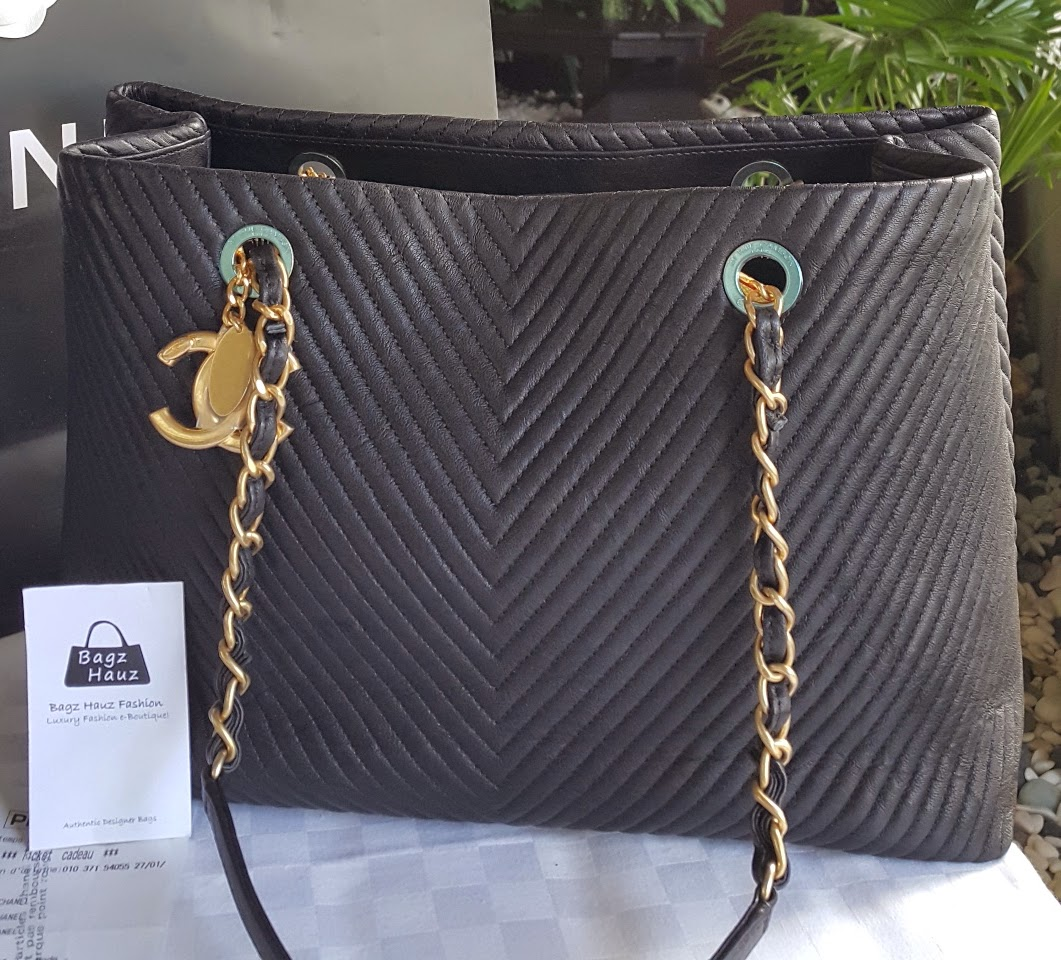 1dbe2d8af344 CHANEL Medium Chevron Tote - Black with GHW ~SOLD with ♥♥ to CLJ ~