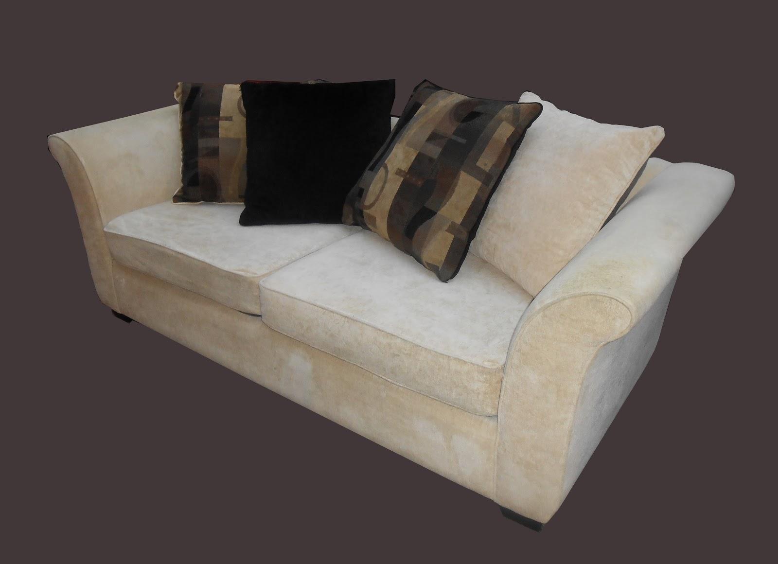 Uhuru Furniture Amp Collectibles Ultrasuede Sofa W