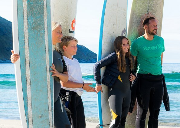 Prince Haakon, Princess Mette-Marit, Princess Ingrid Alexandra and Prince Sverre Magnus were surfing in Hoddevik