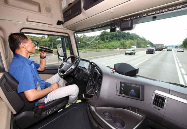 Tinuku Hyundai completes test run self-driving truck