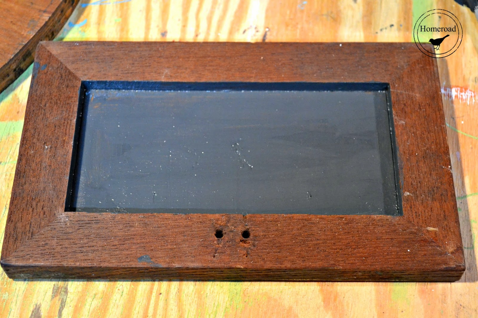 repurposed pedestal chalkboard www.homeroad.net