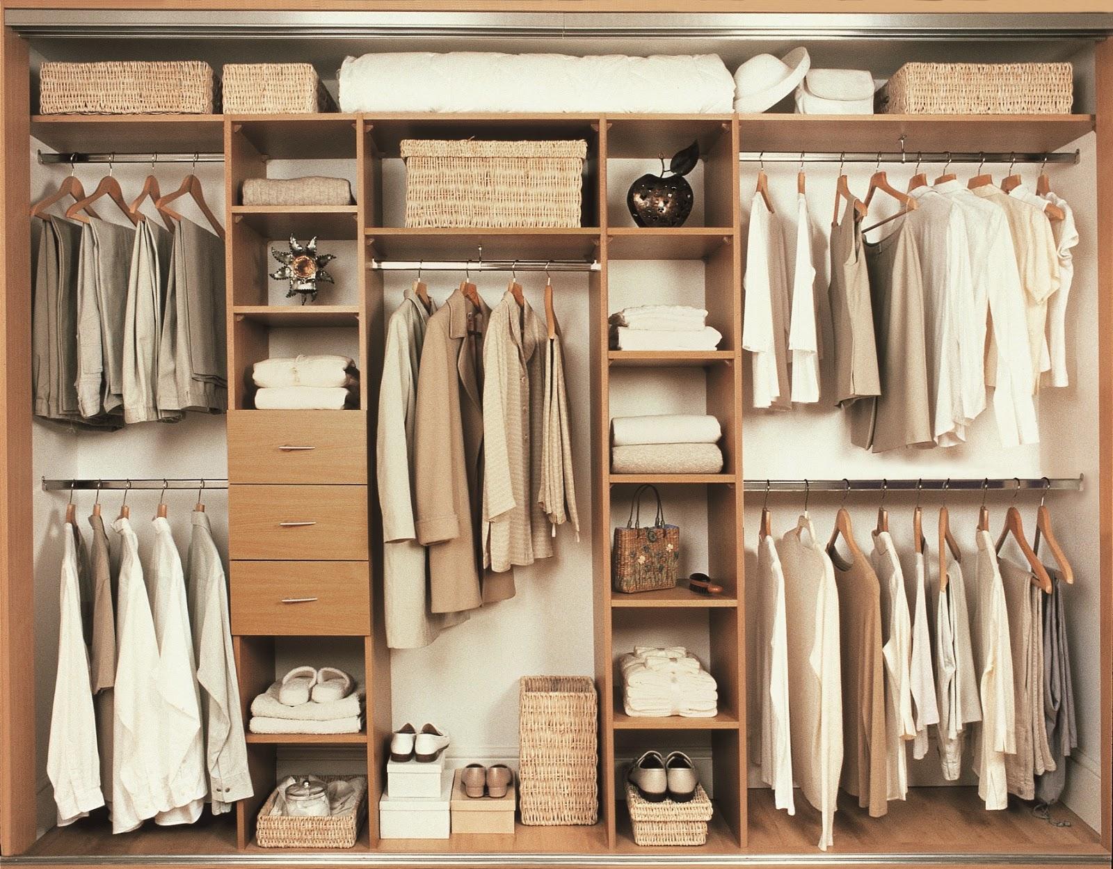 Beli lemari pakaian