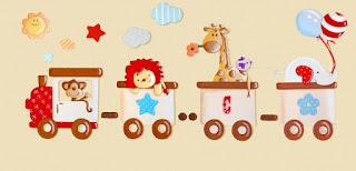 silueta de madera infantil tren del circo con animales babydelicatessen