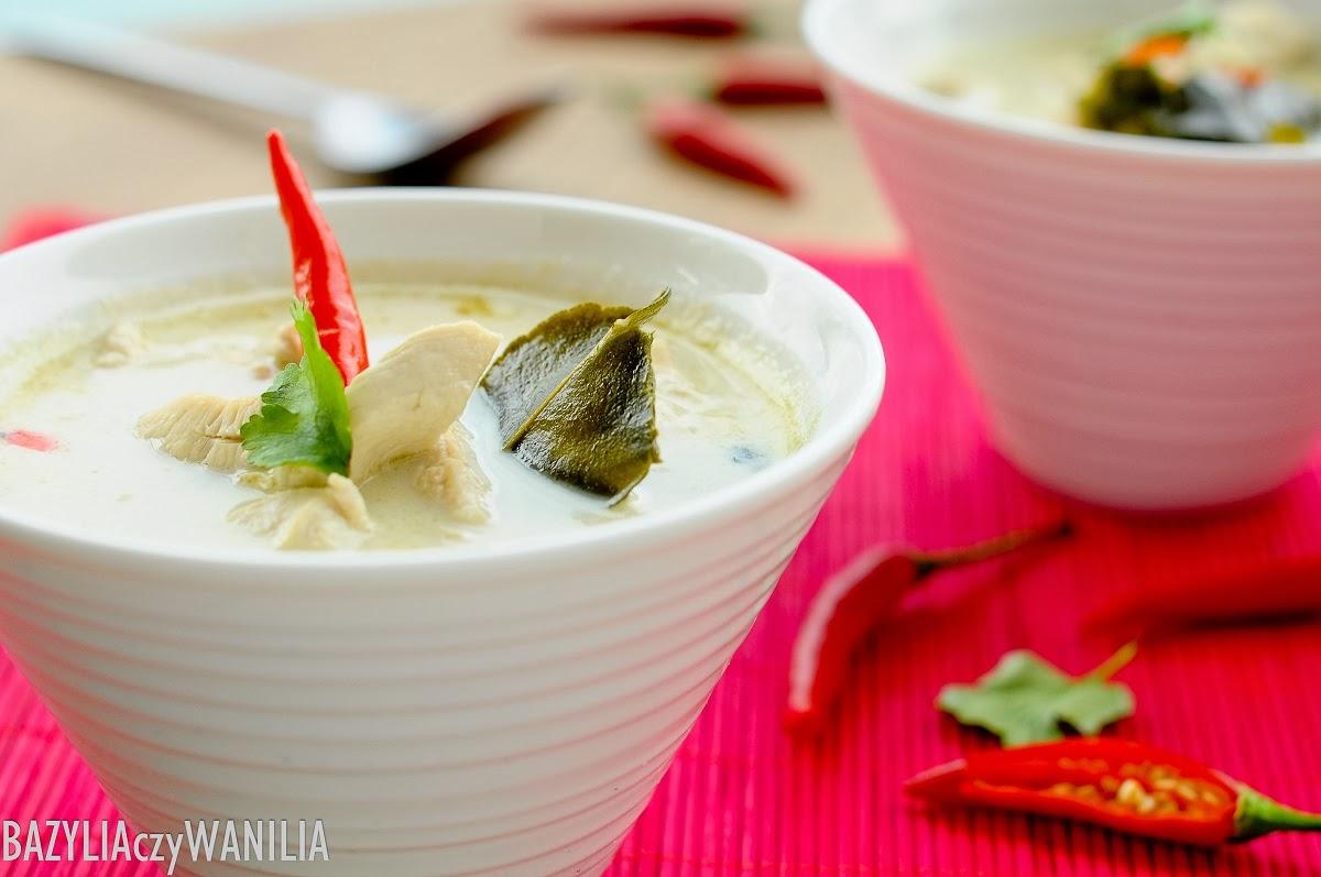 Bazylia Czy Wanilia Tajska Zupa Z Kurczaka Z Mlekiem Kokosowym