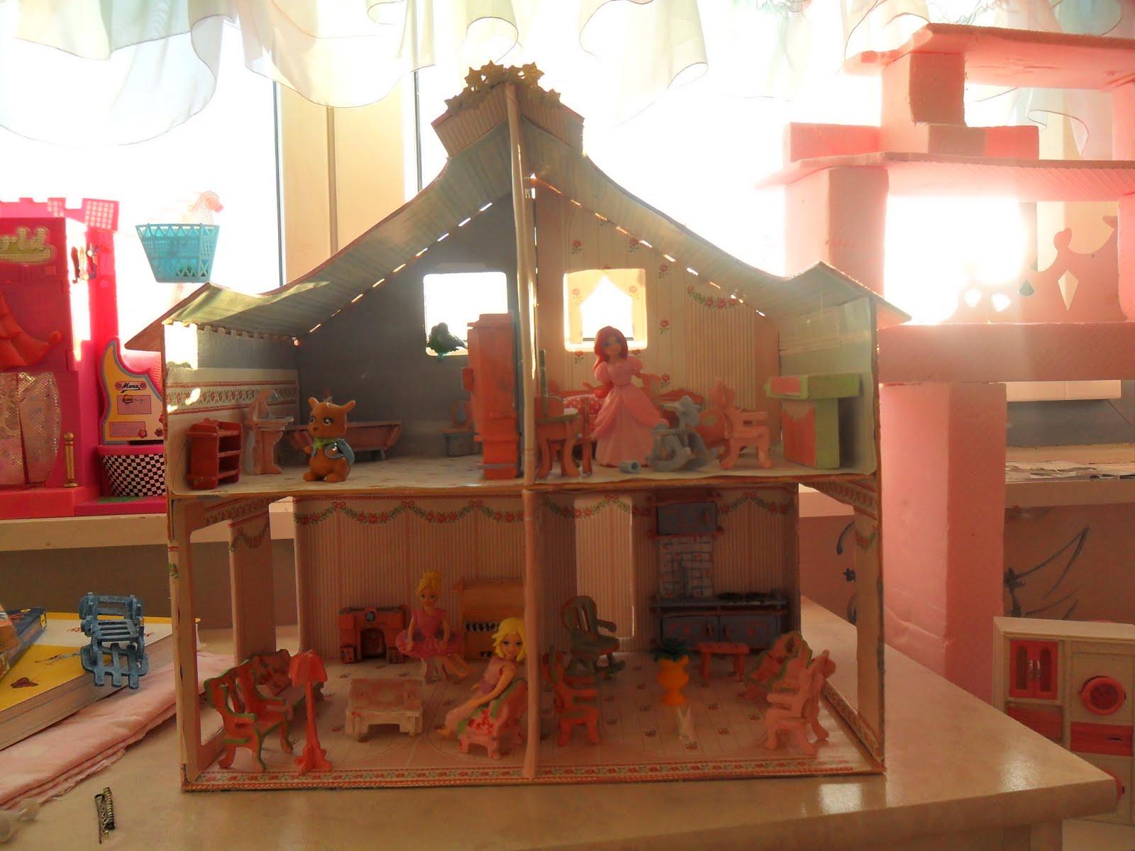 """Im Kinderzimmer: 3) Puppenhaus """"renoviert"""""""