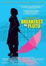 """Carátula del DVD: """"Desayuno en Plutón"""""""