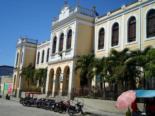 Escuela 61010 Fernando Lores Tenazoa - Iquitos