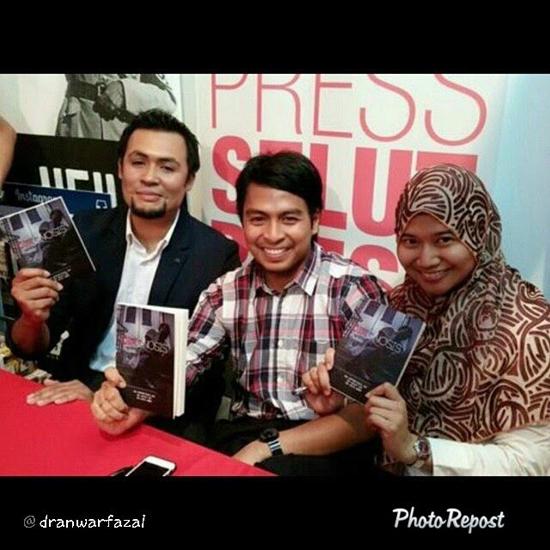 Dr Anwar Fazal - Seorang Doktor, Blogger, Penulis dan Penyanyi