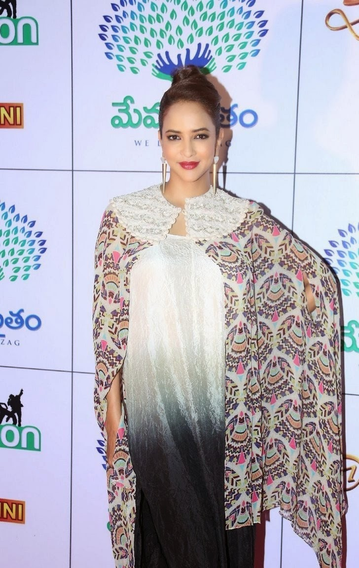 Actress Manchu Lakshmi Latest Cute Hot Exclusive Beautiful Spicy Photos Gallery At Memu Saitam Dine With Stars Event