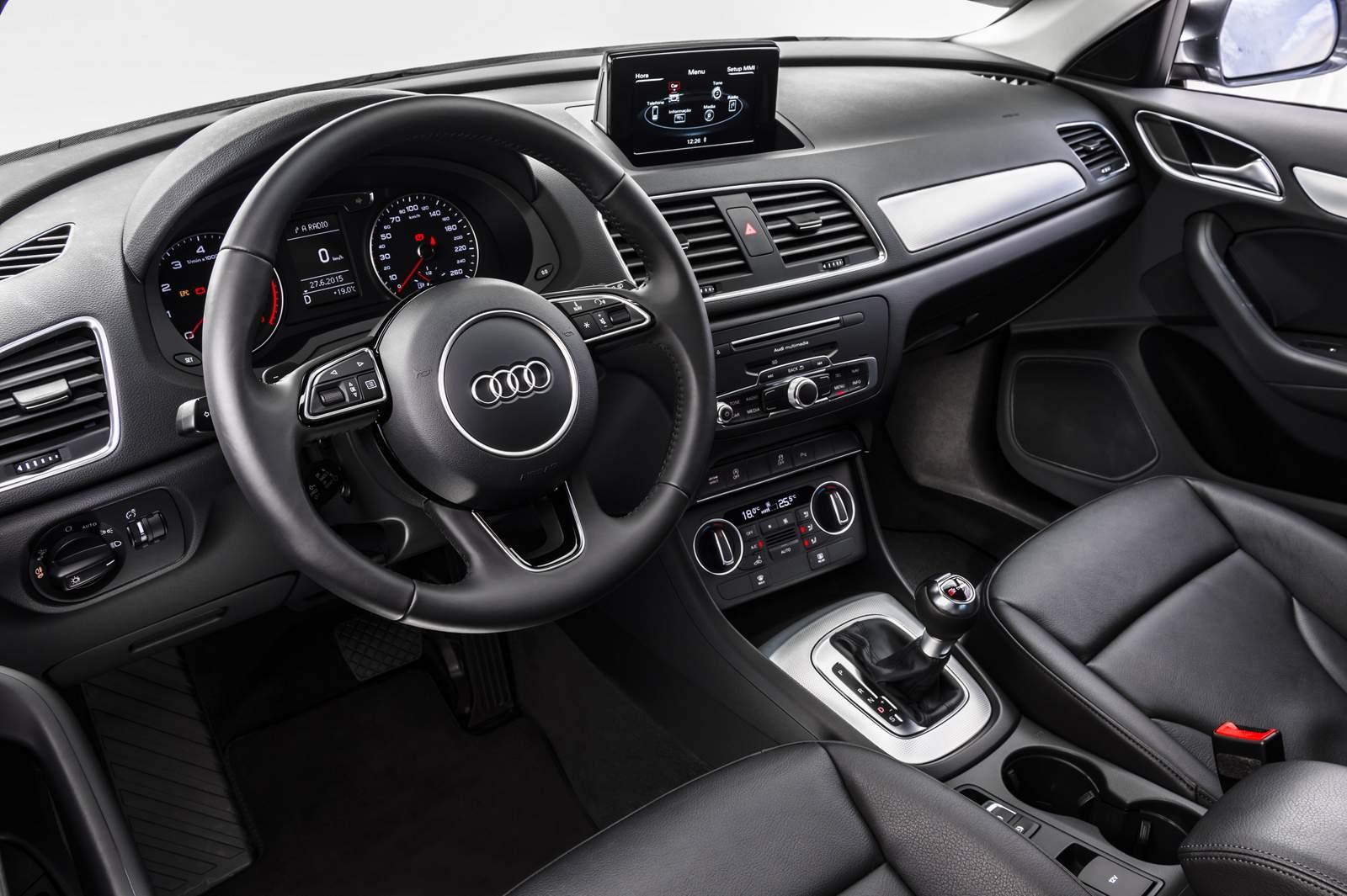 Audi Q3 2016 1.4 TSI  - interior