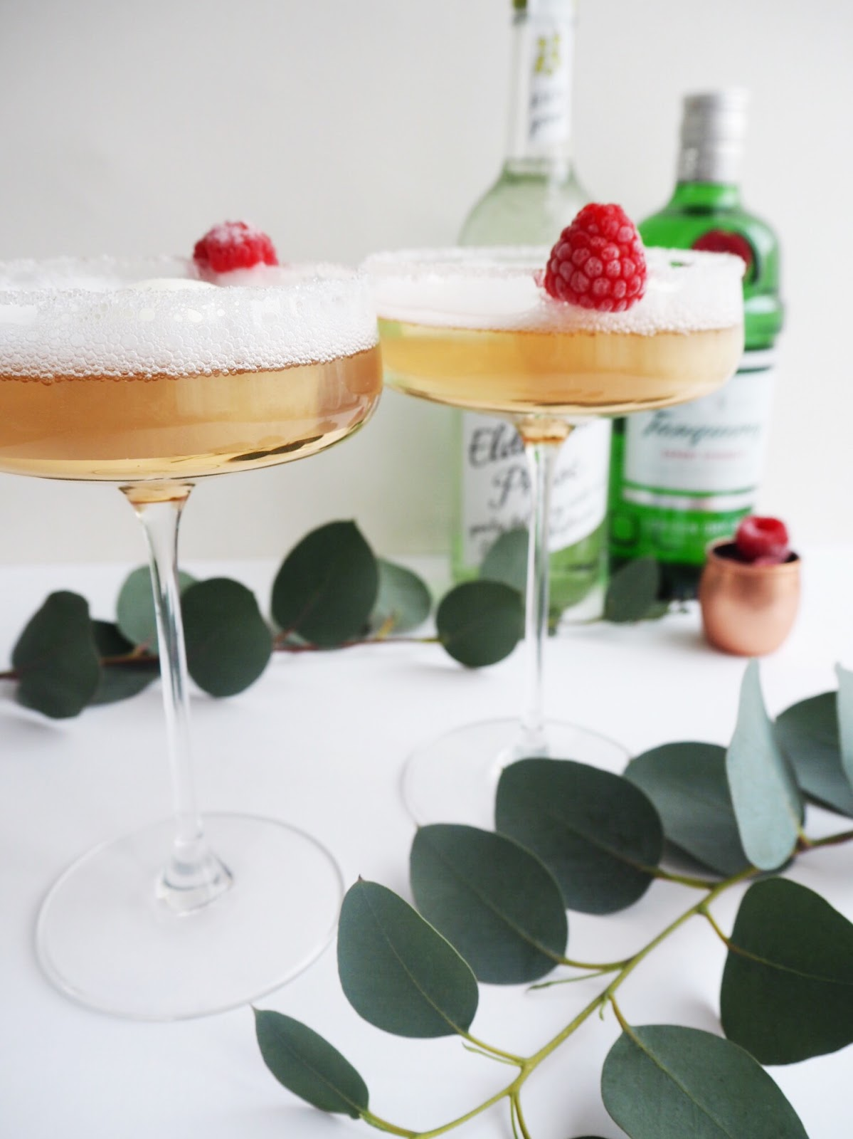 Elderflower Fizz Cocktail Recipe