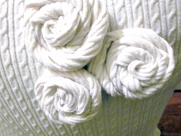 Rosettes made from sweater