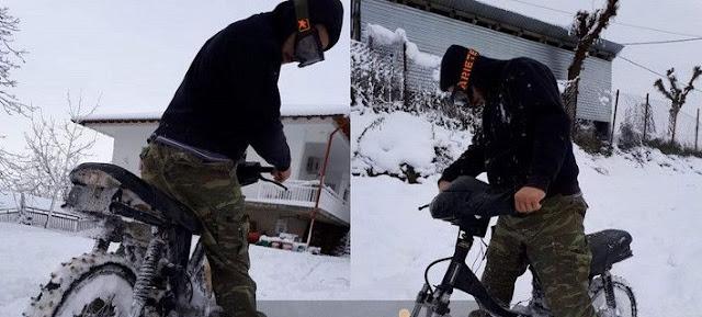 ΑΘΑΝΑΤΗ Ελληνική ΠΑΤΕΝΤΑ! Δείτε τι σκαρφίστηκαν στην Καρδίτσα για να κυκλοφορούν τα μηχανάκια στο χιόνι
