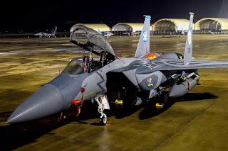 Jet Tempur F-15E Strike Eagle