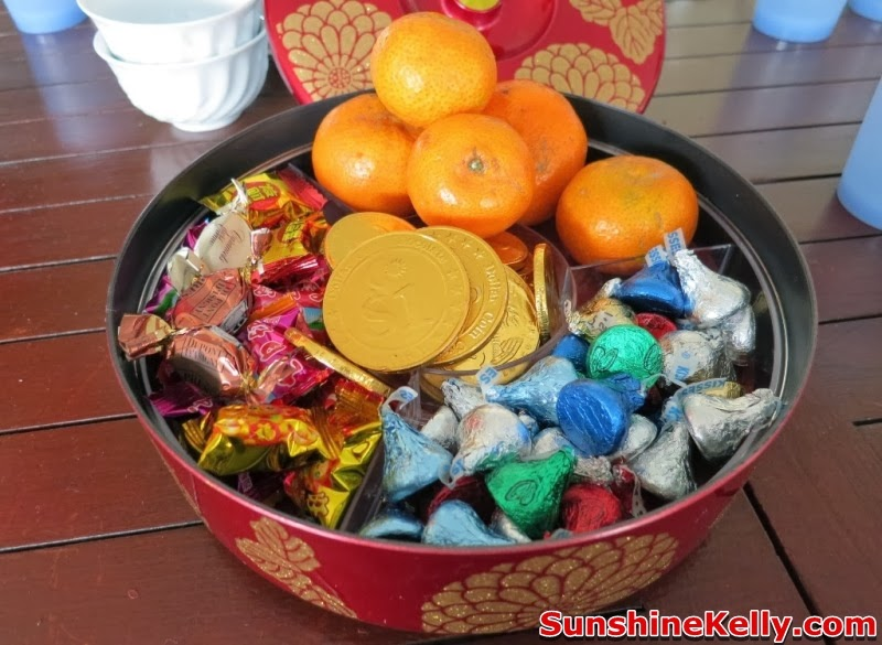 Chinese New Year Preparation & Checklist, jasmine sunwhite rice, cny food, rice, cny rice, chinese new year, cny, checklist, groceries, mandarin oranges, rice bucket, jusco groceries, food, cny delicacies tray, sweets, chocolate, gold coin