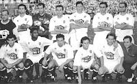 VALENCIA C. F. - Valencia, España - Temporada 1994-95 - Giner, Zubizarreta, Roberto, Penev, Poyatos y Fernando; Camarasa, Mazinho, Mijatovic, Juan Carlos y Gaizca Mendieta - REAL CLUB DEPORTIVO DE LA CORUÑA 2 (Manjarín, Alfredo) VALENCIA C. F. 1 (Mijatovic) - 24/06/1995 - Copa del Rey, final - Madrid, estadio Santiago Bernabeu - El partido se suspendió por una tromba de agua y se reanudó el día 27/06/1995. El Deportivo ganó su primer título de Copa