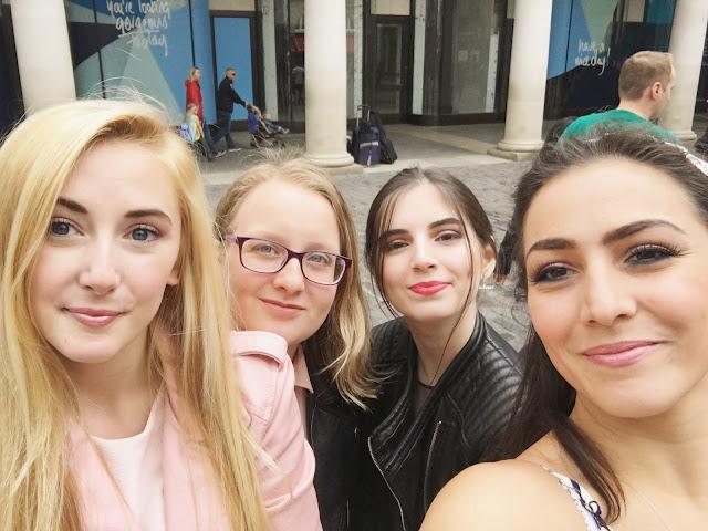 Happy Things #7 - L-R Isobel, Sophie, Maria, Cat