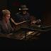 Jack White e Elton John tocam juntos em documentário