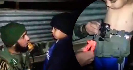 Niño de 7 años enviado a morir con un cinturón-bomba
