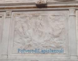 Bassorilievo raffigurante l'Assunzione di Maria