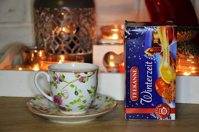 Teekanne winterzeit herbata zimowa