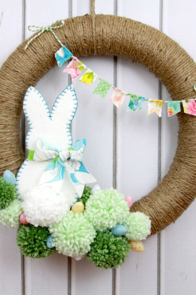 DIY Jute and Pom-Pom Easter Bunny Wreath - so cute!