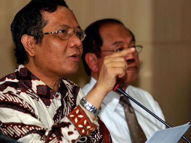Anggap Saut Keseleo Lidah, Mahfud MD: Lupa Alumni HMI Sudah Sering Selamatkan KPK ?