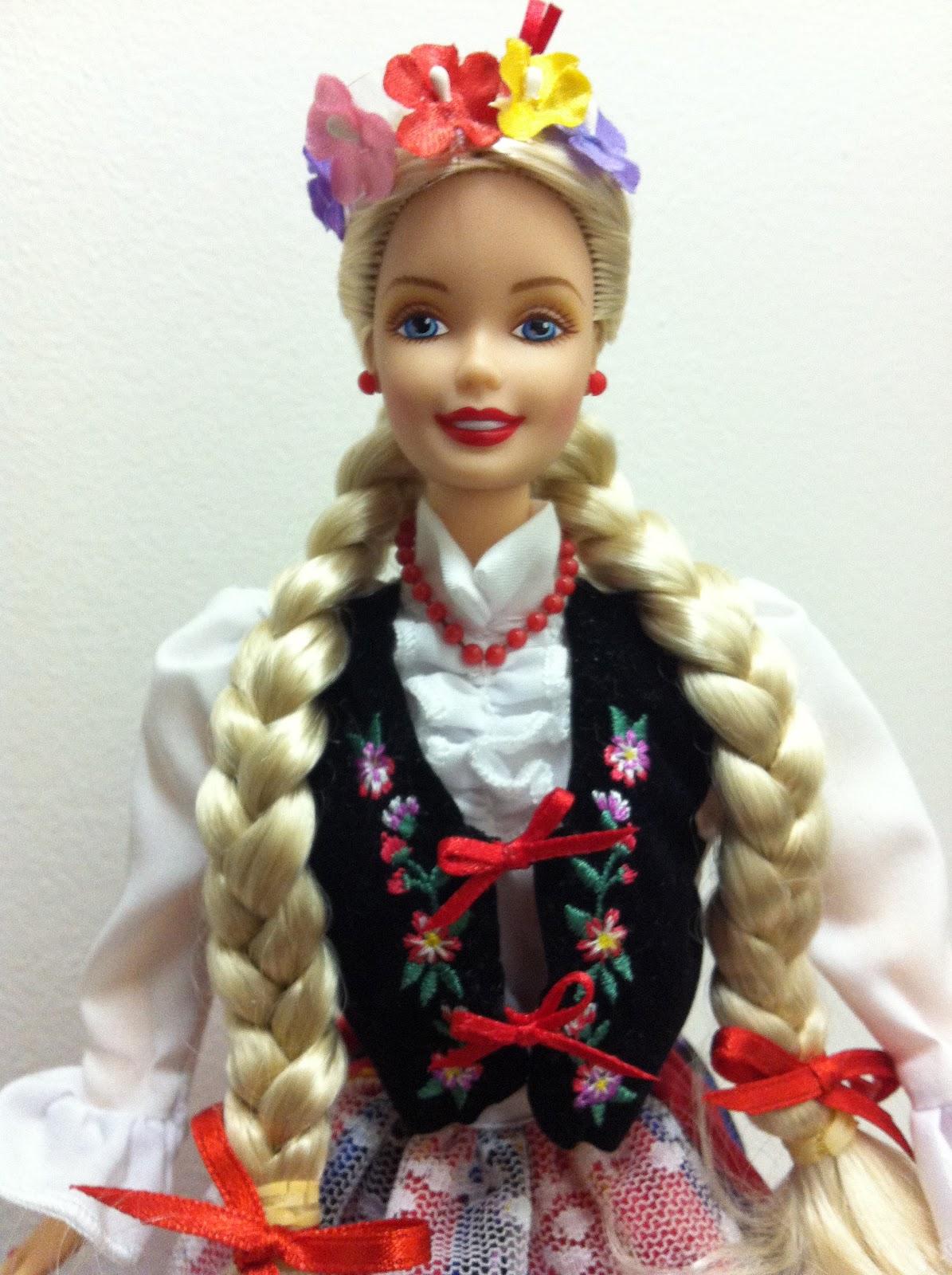 Barbie De-Boxed: Dolls of the World: Polish
