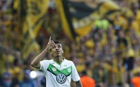 Luiz Gustavo đã ký hợp đồng với Marseille