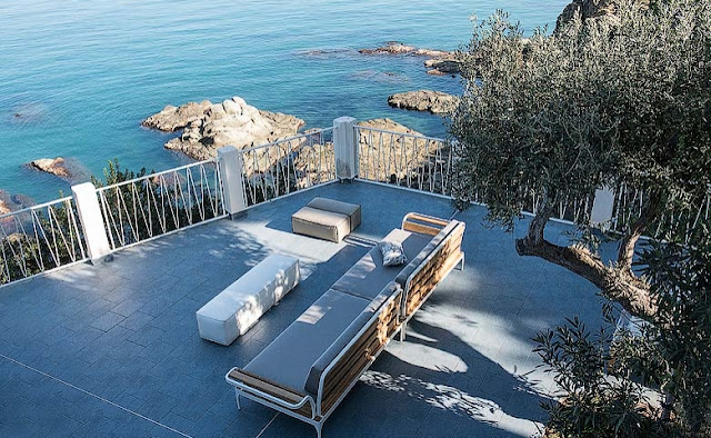 terraza con vistas al mar del Tirreno