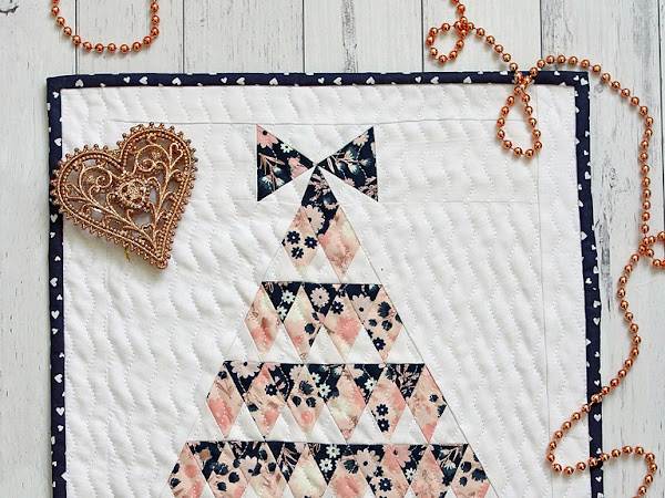 Spruce Mini Quilt Pattern + Your December 2018 Calendar