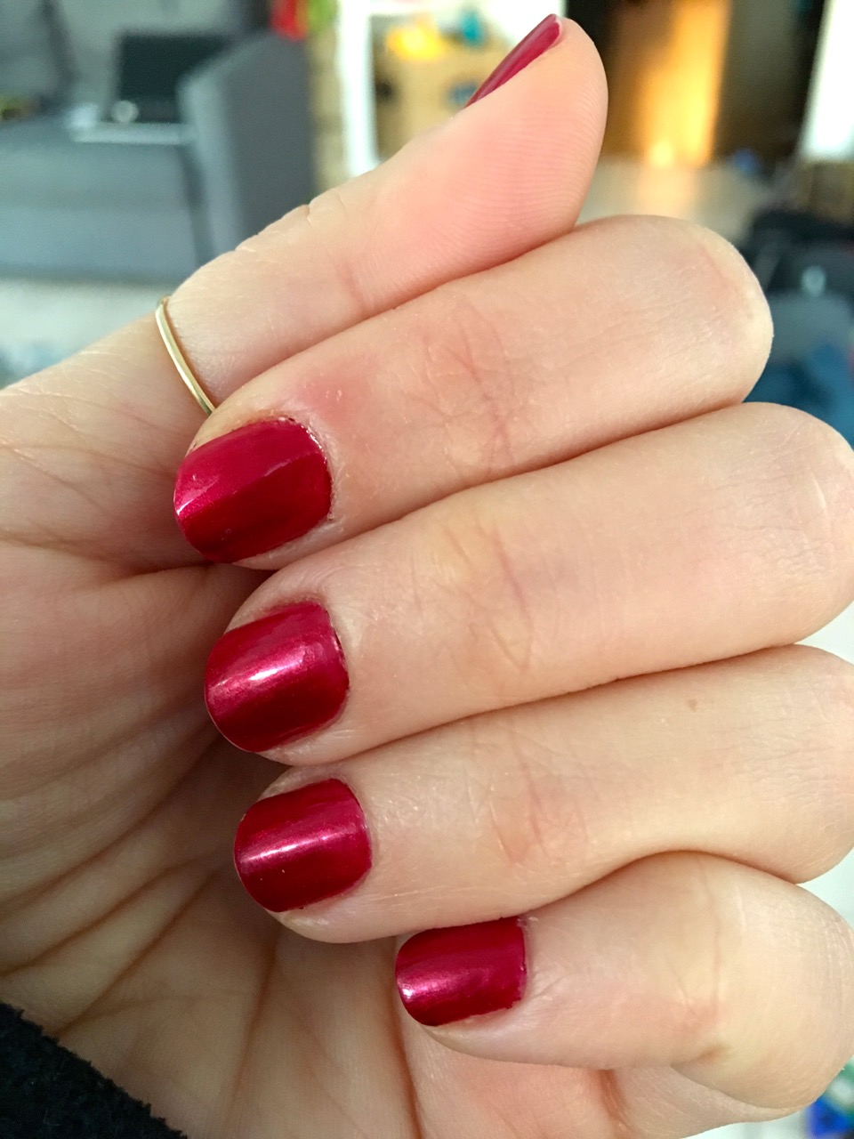Midwestern Mama: Favorite Shimmery Red Polish and Santa Talk
