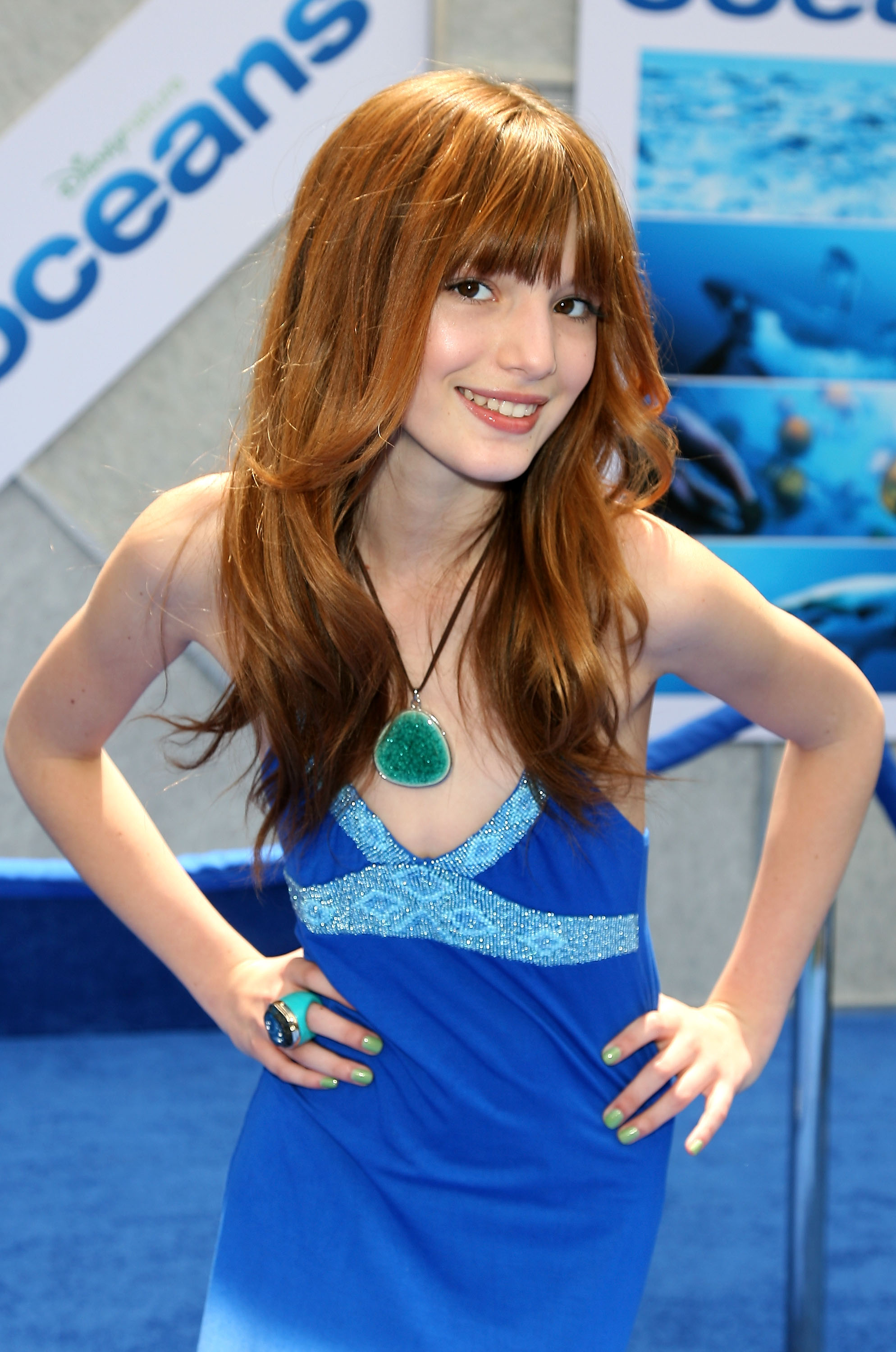 Bella Thorne pictures gallery (216) | Film Actresses