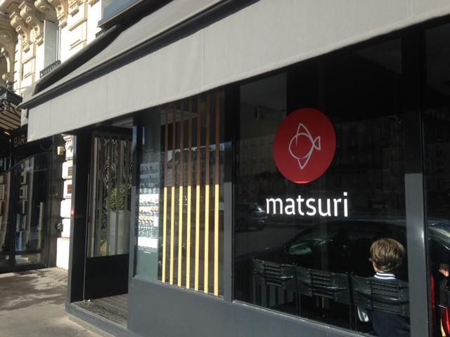 Ma poussette paris matsuri le d licieux japonais au - Restaurant japonais tapis roulant paris ...