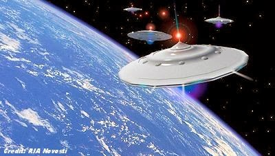 UFO NEWS ~ Bright UFO hovering over the city in Brooklyn, NY plus MORE Russia+Can%E2%80%99t+Defend+Against+Space+Aliens,+Reveals+Official