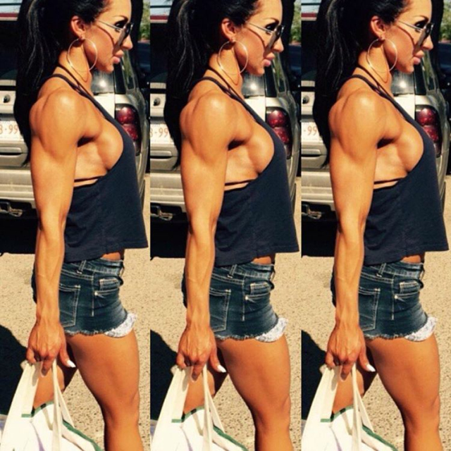 Fitness Girl Lindsey Pinsonneault